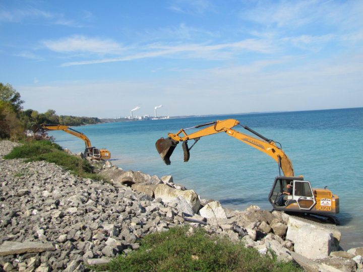 Erosion Threatens Homes on Lake Michigan
