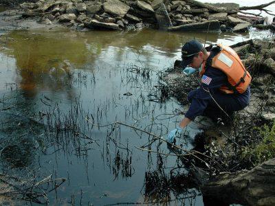 Oil Spill 101: Emergency preparedness for the Great Lakes