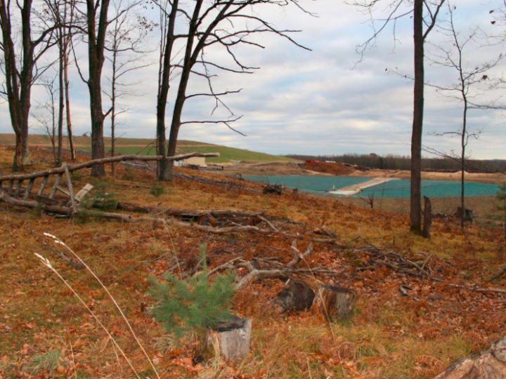 Landfill plan along Great Lakes sparks fear of pollution