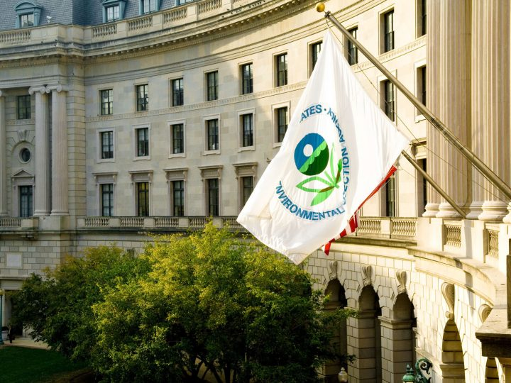 Trump's EPA takes steps to replace Obama's Clean Power Plan