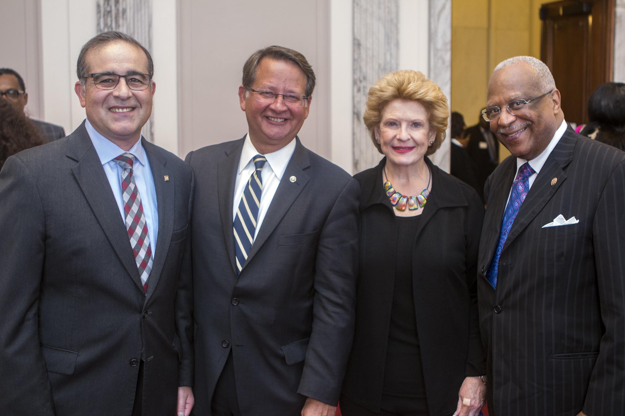 Photo by the office of U.S. Senator Debbie Stabenow via flickr.com cc 2.0