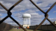 Judge plans to hear from residents in $641M Flint water deal