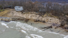Report: Great Lakes region needs about $2B for flood repairs