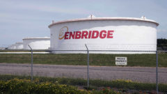Enbridge temporarily stops Michigan pipeline due to protests