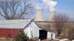 Illinois Senate passes energy deal governor says falls short